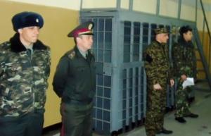 В Запорожской области у заключенных нашли более 40 запрещенных предметов