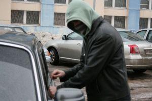 Похитители авто прятались от полиции в нескольких кварталах от места преступления