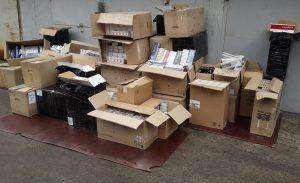 Запорожский «бизнесмен» продавал в гараже контрабандные сигареты и алкоголь