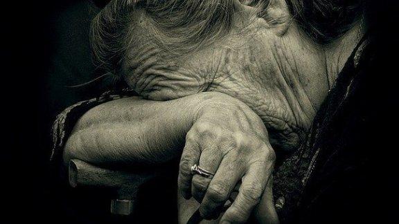 Злоумышленники избили пенсионерку до потери сознания, чтобы украсть 500 грн