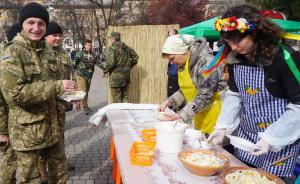 Волонтеры планируют продать на благотворительной ярмарке 10 тыс вареников