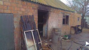 Запорожские спасатели за час потушили частный дом