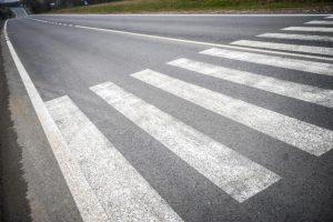 Яценюк обещает, что завтра в регионах начнется ремонт дорог