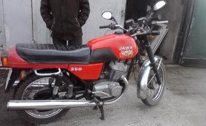 В Запорожье парень похитил нерабочий мотоцикл