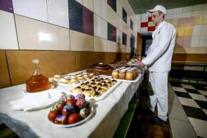 Как запорожские заключенные готовятся к Пасхе