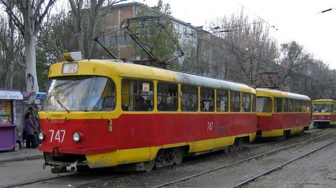 В Запорожье на поминальные дни запустят дополнительные трамвайные и автобусные маршруты – расписание и цены за проезд