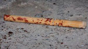 Пришел, увидел, приревновал, убил: Запорожец до смерти забил свою возлюбленную палкой