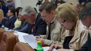 Запорожских чиновников загрузят работой - в горсовете появились новые департаменты