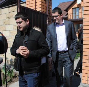 Когда говорить нечего - проводят обыски: Прокуратура нагрянула в дом Кузьменко