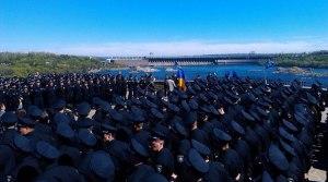 Служить и защищать: В Запорожье полицейские присягнули народу Украины