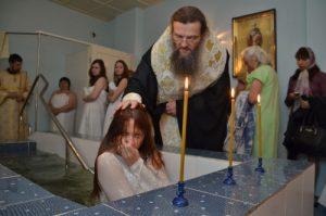 Лука ждет некрещеных запорожцев перед Пасхой