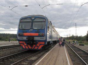 В Запорожской области поезд насмерть сбил девочку
