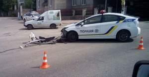Запорожские патрульные попали в ДТП - фото