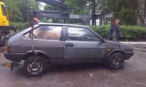 В Запорожье пьяный водитель угрожал патрульным начальником ГАИ и пытался дать взятку - фото