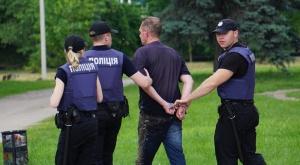 В Запорожье день пограничника закончился дракой - один человек задержан - фото, видео