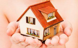 Многодетная семья Дмитриевых переедет в новый дом уже к концу года