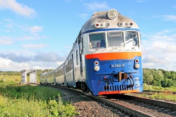«Укрзалізниця» на один день пустила дополнительный поезд Киев-Запорожье