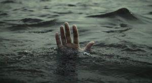 Купаясь в запрещенном месте в Запорожской области утонул парень