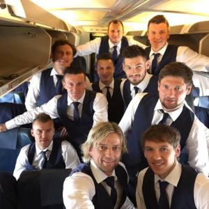 Футболисты сборной Украины показали фото, как летели на Евро-2016 и как готовятся к матчу