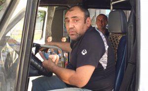 В Запорожье водитель маршрутки угрожал общественнику металлической трубой