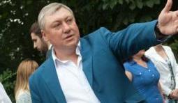 В Запорожье прокуратура обвиняет главврача скорой помощи в злоупотреблении служебным положением