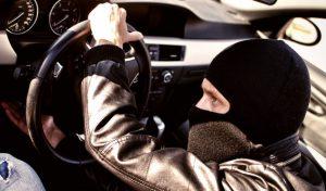 В Запорожье мошенники пытались продать угнанный автомобиль владельцу