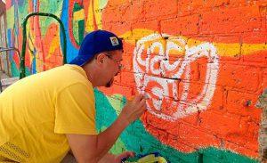 Бердянский пляж украсили художественным муралом
