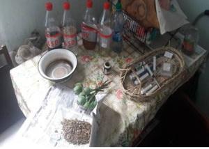 Житель Бердянска хранил дома литр опия и выращивал мак с коноплей