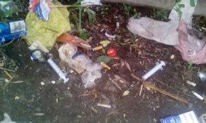 В Запорожье парк превратился в притон для наркоманов
