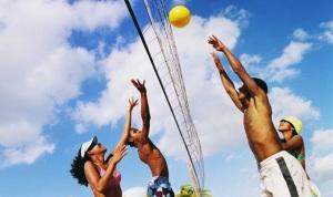 Запорожцы посоревнуются в пляжном волейболе