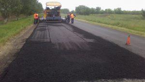 Чиновники УКСа отдали полякам 6,5 миллионов гривен за ремонт дороги в Токмаке