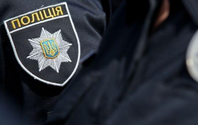 В Запорожской области трое молодых парней избили и ограбили женщину