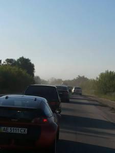 На трассе Запорожье-Симферополь образовалась огромная пробка