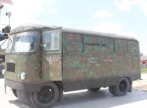 Волонтеры Васильевского района отремонтировали автобус для бойцов АТО