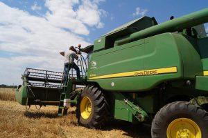 Областная власть ищет инвесторов для обновления парка сельхозтехники