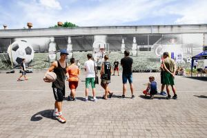 В Запорожье появилась площадка для стритбола