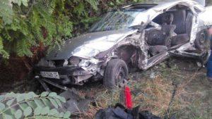 В Запорожской области Опель врезался в грузовик - погибла 20-летняя девушка