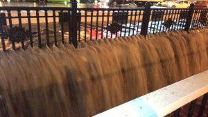 Потоп в России: Улицы Ростова превратились в реки, власть ввела режим ЧС