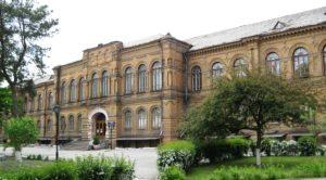 В Запорожье студенты рассказали о коррупции и размерах взяток преподавателям в их вузе