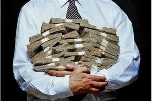 Скромненько: В Запорожье депутаты горсовета в 2,5 раза увеличили свои фонды
