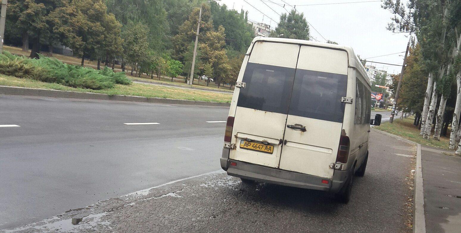В Запорожье маршрутчик в нецензурной форме отказал в проезде участнику боевых действий - ФОТО