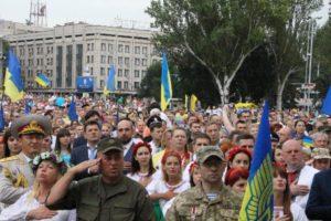 Полиция: Запорожцы отмечают День Независимости без существенных нарушений общественного порядка