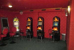 В Запорожской области в здании бывшего бара оборудовали зал с игровыми автоматами - ФОТО