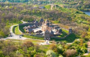 Порошенко планирует в Запорожье превратить Хортицу в туристическую Мекку