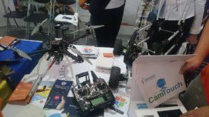 Студенты разрабатывают  уникальные квадракоптеры и мобильные приложения