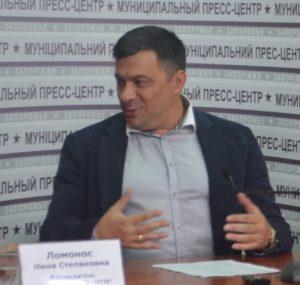 Александр Власюк рассказал, почему перевозчики судятся с горисполкомом