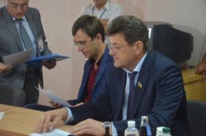 Министр инфраструктуры Владимир Омелян проверил Запорожский аэропорт