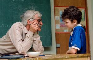Учителям выпишут дополнительную премию