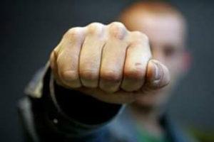 Полицейский серьезно поплатится за избиение жителя Запорожья