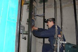 УКС заключил 12 договоров по капремонту лифтов на 6 миллионов гривен
